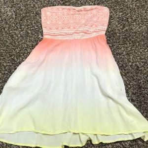 Size medium strapless Roxy dress